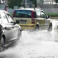 Maltempo in arrivo, piogge e temporali al nord, allerta arancione in Lombardia