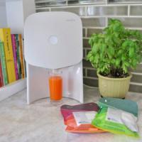 Juicero, il flop dei succhi di frutta 2.0. L'azienda risarcisce i consumatori