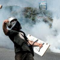 Venezuela, crisi senza fine: 26 vittime, il governo conferma il no alle