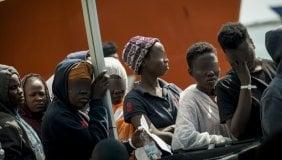 Migranti, le domande della vergogna: