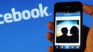 Facebook quasi come un giornale suggerirà articoli contro le bufale
