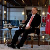 """Turchia, altri 3224 arrestati per """"legami con Gulen"""". Erdogan: """"Referendum per uscire da..."""