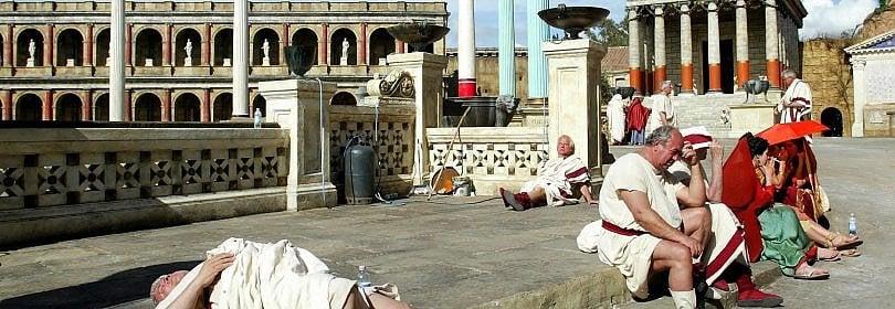 Tanti auguri a Cinecittà: 80 anni di sogni e film, il tour    Foto Dal Duce a 'Rome'  -  Video Istituto Luce
