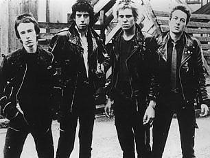Rivolta bianca e Londra in fiamme : il '77 dei Clash
