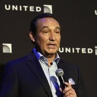 United alza il premio per l'overbooking, diecimila dollari ai passeggeri sbarcati