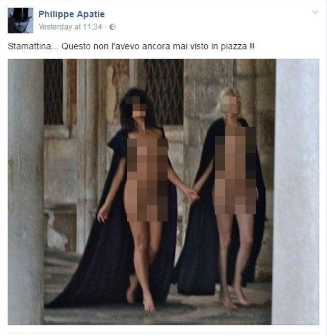 Modelle nude in piazza San Marco, è polemica sul decoro a Venezia