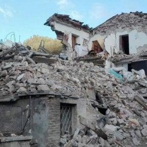 """Terremoto, 13 sindaci al premier: """"Ricostruzione dov"""