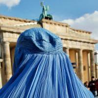 Germania, niente velo integrale per le funzionarie pubbliche