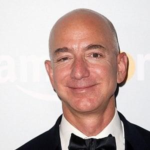 Amazon accusata di aver evaso tasse per 130 milioni