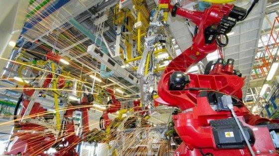 Tecnologia: per 4 italiani su 10 l'automazione toglierà lavoro