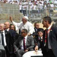 Egitto, in 30mila alla messa di papa Francesco: il fotoracconto