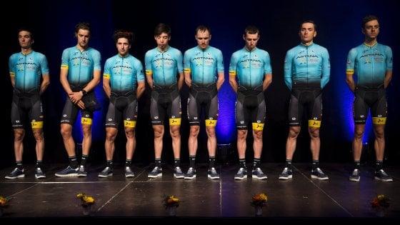 Ciclismo, Astana al Giro con un uomo in meno: ''Per onorare la memoria di Scarponi''