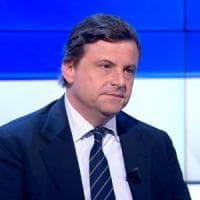 """Alitalia, Calenda: """"Il fallimento sarebbe uno shock per il Paese"""""""