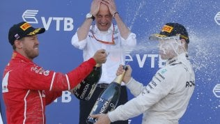 F1, Gp Russia: Bottas vince in volata su Vettel. Le Ferrari sul podio