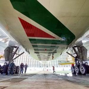 180 giorni per salvare Alitalia, la missione impossibile dei commissari