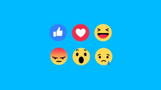 Facebook, l'invasione delle Reactions: dopo Messenger ora puoi usarle anche nei commenti