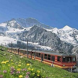 Svizzera, premi in cioccolato ai macchinisti più precisi