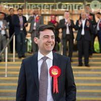 GB, alle elezioni amministrative disastro Labour e Ukip