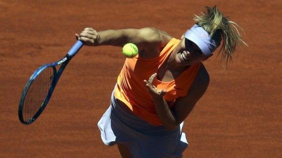 Tennis, Madrid: Fognini si regala Nadal. Sharapova al secondo turno