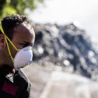 Allarme amianto dopo il rogo di Pomezia: sei regole per affrontare l'emergenza