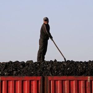 Energia, Calenda prevede uscita dal carbone entro il 2025-2030