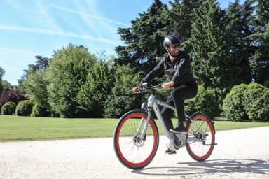 Piaggio Wi-Bike, la bici connessa
