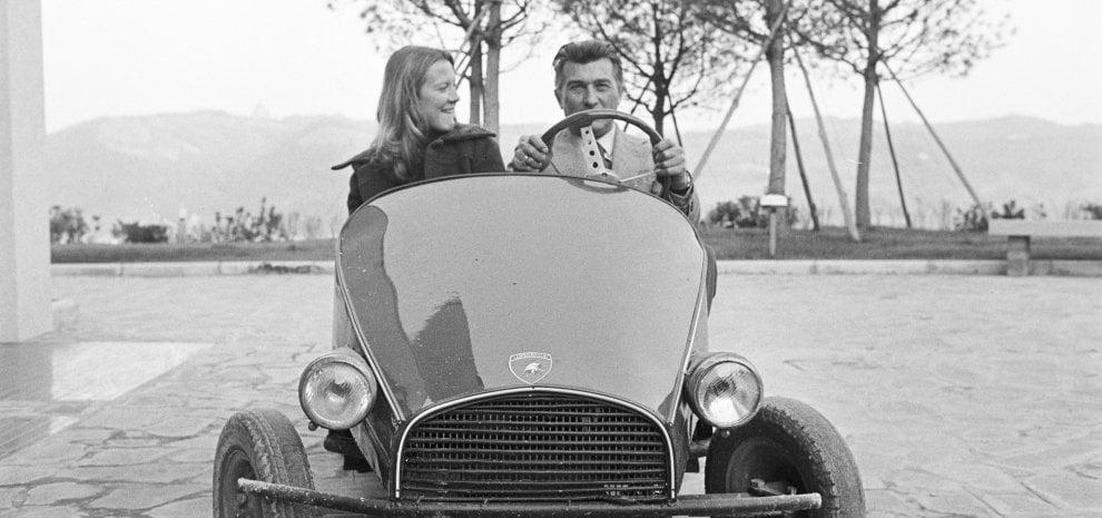 Baldwin come Ferrari e Banderas come Lamborghini nel film sullo storico marchio