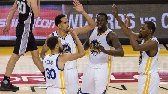 Basket, playoff Nba: San Antonio sfiora l'impresa. Curry e Durant rialzano i Warriors