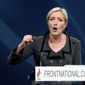 Francia, Marine Le Pen torna presidente del Fn