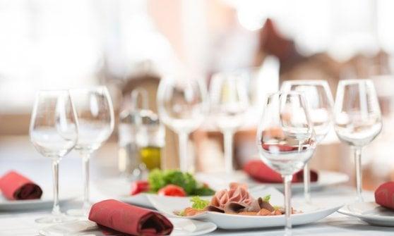 Piccoli furti tra amici: l'hit parade degli oggetti rubati dai clienti al ristorante