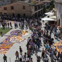 Infiorate d'Italia, tra arte e religione è festa di primavera
