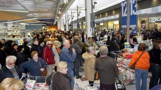 Istat: scompaiono la classe operaia e la piccola borghesia, aumentano le disuguaglianze