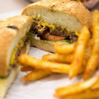 Fuori casa si mangia due volte e mezzo più cibo spazzatura