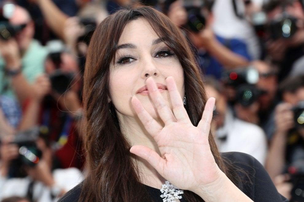 Cannes, sfila Monica Bellucci: superstar della Croisette