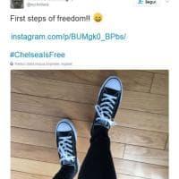 Wikileaks, Chelsea Manning scarcerata. Su Twitter una foto: