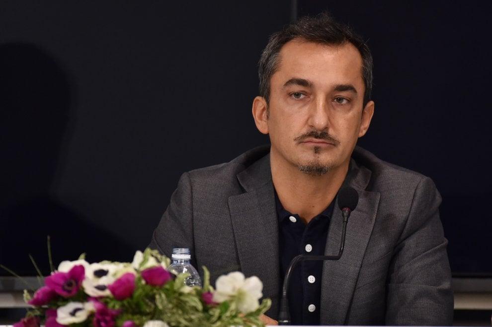 Nicola Savino lascia la Rai: ha firmato con Mediaset, sarà il volto delle Iene