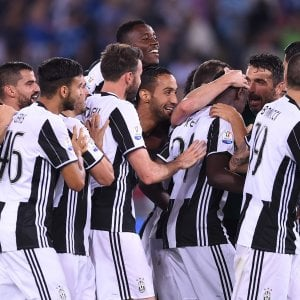 Coppa Italia, pagelle Juventus-Lazio: Dani Alves decisivo, Strakosha non basta