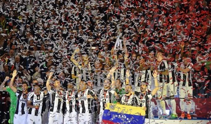 Juventus-Lazio 2-0, Dani Alves e Bonucci regalano la Coppa Italia ai bianconeri