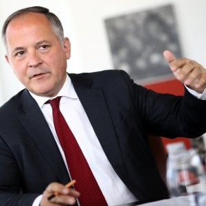 Coeuré avvicina il rialzo dei tassi