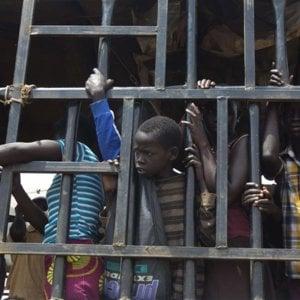 Sud Sudan, in Uganda più di 900.000 rifugiati in fuga dalla guerra che hanno bisogno urgente d'aiuto
