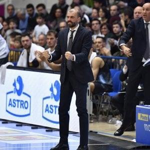 Basket, Buscaglia rinnova: altri tre anni a Trento