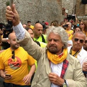 """M5S, Grillo e Casaleggio in Umbria per la marcia Perugia-Assisi: """"Ridare dignità alle persone"""""""
