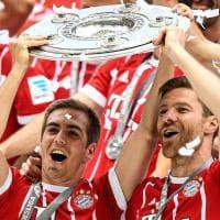 Festa Bayern: Lahm lascia col sorriso, Ancelotti fa il pieno di birra