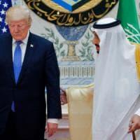 """Viaggio in Arabia, da Trump mano tesa all'Islam: """"Guerra al terrore non è guerra di..."""