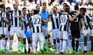 Juventus-Crotone 3-0: i gol di Mandzukic, Dybala e Alex Sandro fanno scattare la festa scudetto