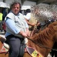 Veterinario ucciso, giallo nel mondo dei cavalli. In stato di fermo il collaboratore