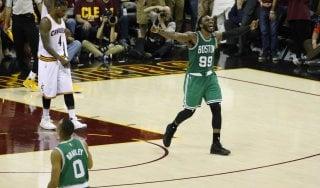 Basket, playoff Nba: Boston batte un colpo, Cleveland ko in casa