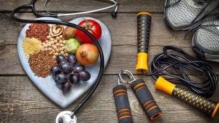 Tutti a dieta per perdere una taglia prima dell'estate. Ma senza dimenticare lo sport