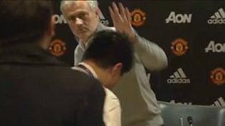 Mourinho snobbato dai reporter:la conferenza dura 10 secondi