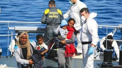 Migranti, sbarchi record: in 5 mesi  superata quota 50mila arrivi
